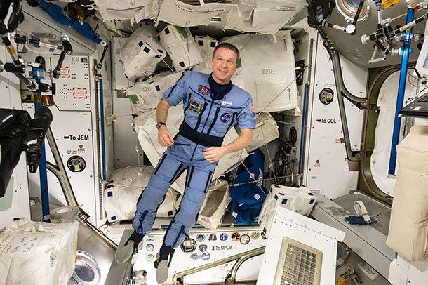 25 одвратни факти за вселенското патување на кои сигурно не сте помислиле