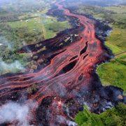 Фотографии што покажуваат колку сме беспомошни кога сме соочени со силата на природата