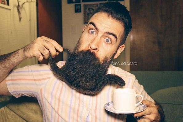 Фризури за брада: Креативноста и генијалноста на овој маж дефинитивно не познава граници!