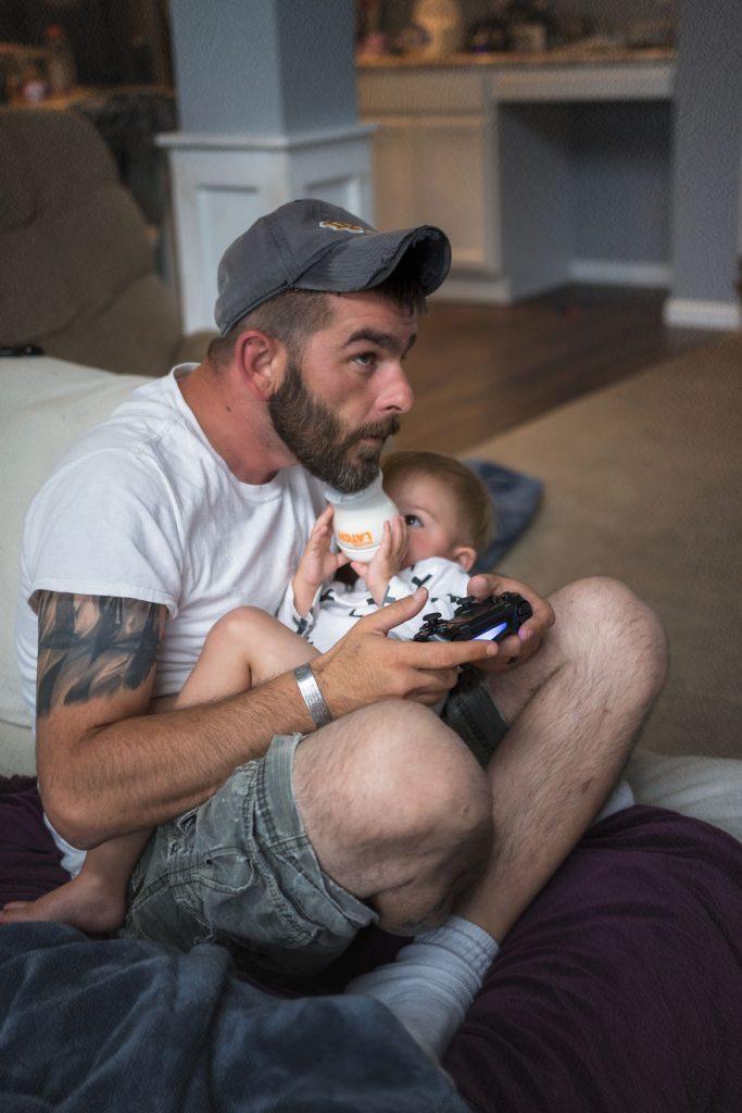 Неверојатни фотографии што ги прикажуваат различните татковци
