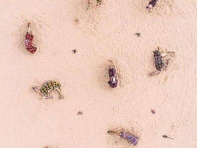"""Пустината ги """"освојува"""" Дубаи и Абу Даби на овие неверојатни фотографии"""