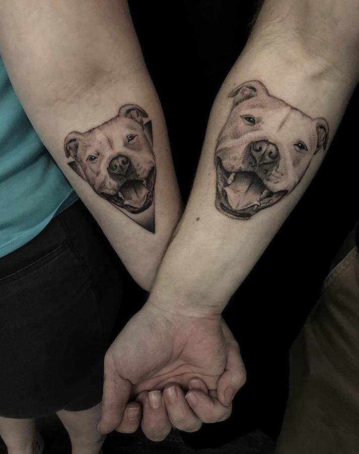 Луѓето ги споделуваат моќните приказни зад нивните тетоважи