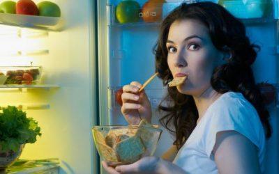 Дали јадењето навечер ве прави дебели?