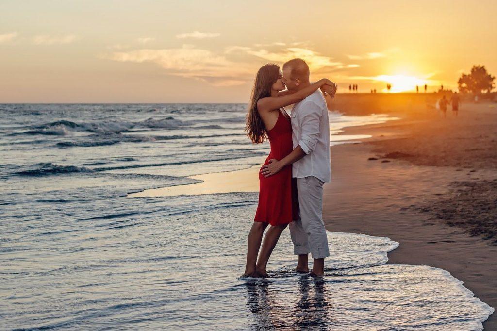 Искрени приказни кои покажуваат дека љубовта доаѓа во секоја форма