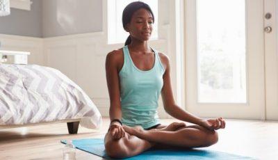 Јога вежба од 3 минути за бистар ум