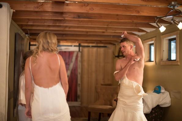 Девојка му приредила интересна шега на нејзиното момче на денот на свадбата