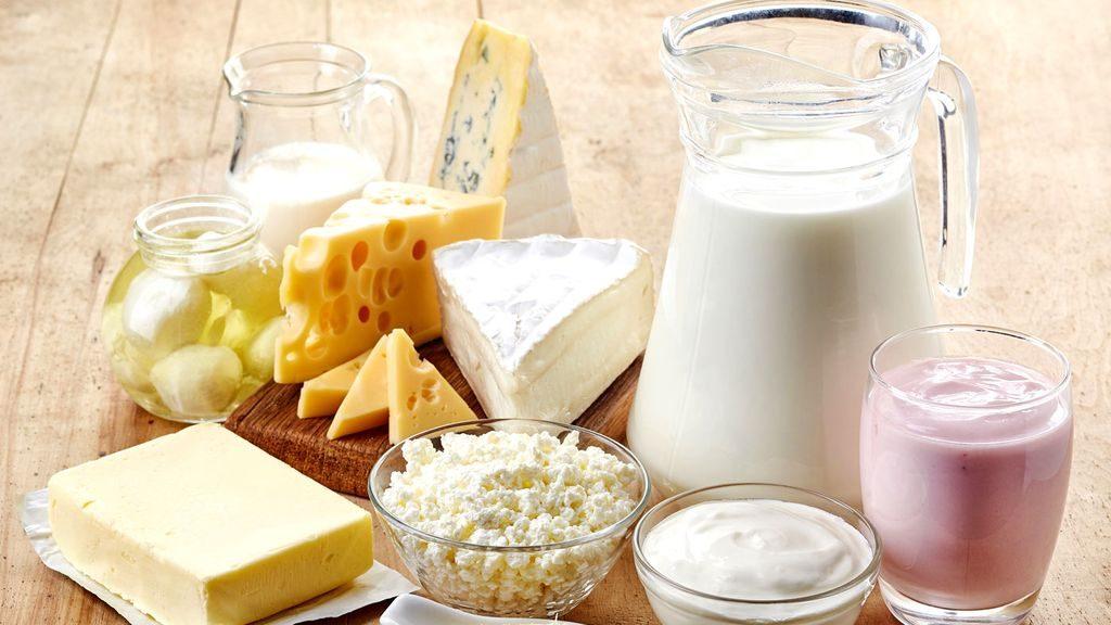 5 нешта што се случуваат кога консумирате премногу млечни производи