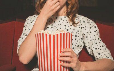 5 причини зошто да одите сами во кино