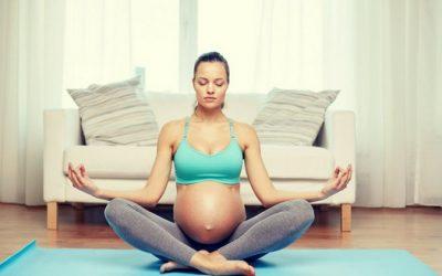 Одлични јога вежби за последниот триместар од бременоста