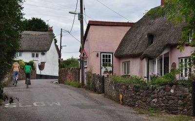 """Англиско село """"расте"""" 2 центиметри годишно"""