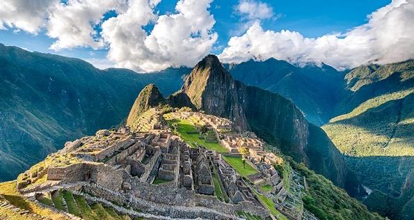 5 популарни светски дестинации кои туристите секојдневно ги уништуваат