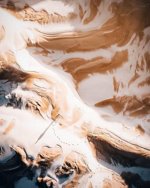 Неверојатни фотографии направени со дрон што ги откриваат сокриените дезени во нашиот свет