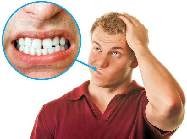 Како да престанете да ги триете забите навечер?