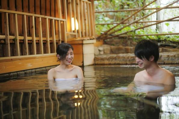 Одморалиште во Јапонија ви овозможува да се капите во пиво