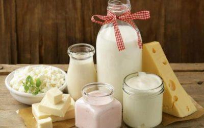 Експерт објаснува зошто треба да престанете да пиете кравјо млеко