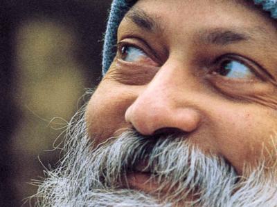 """Прочуениот индиски духовен водач Ошо тврди дека """"F*uck"""" e најубавиот збор во Англискиот јазик"""