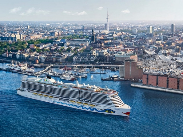 Овој брод може да превезе 6.600 патници, чини $800 милиони, има 2 приватни острови и тематски парк
