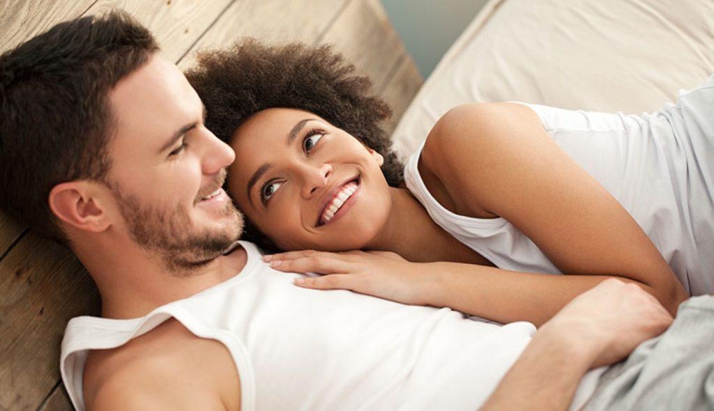 15 мали нешта што ги прават силните и здрави парови