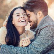 3-те хороскопски знаци кои би ве направиле најсреќни во врската