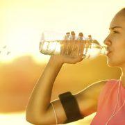 10 навики со кои им штетите на вашите бубрези