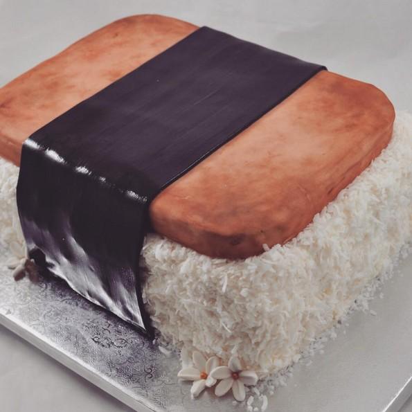 24 реалистични торти што нема да сакате да ги изедете
