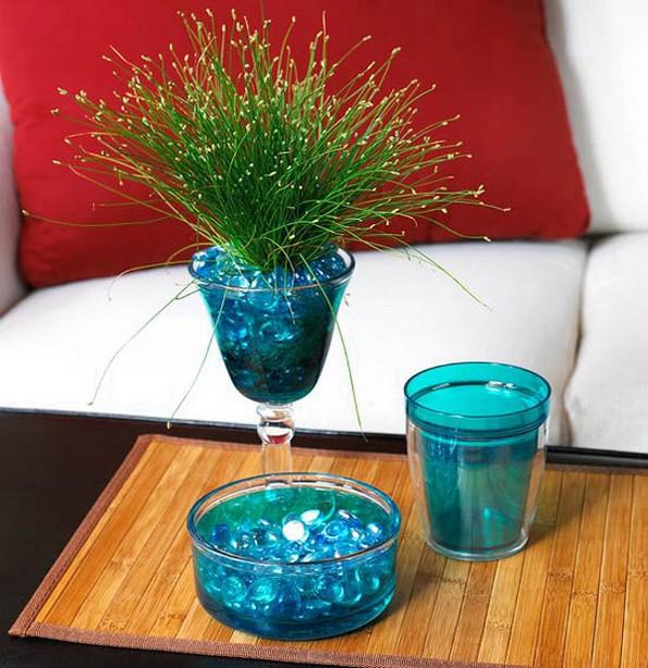 19 растенија и зеленчуци што можете да ги одгледувате само во чаша вода