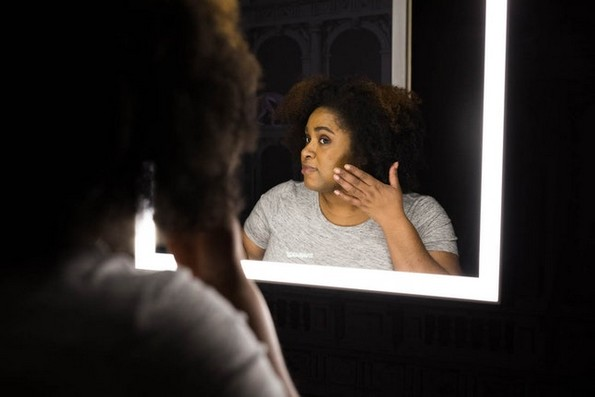6 знаци дека вашите акни можеби укажуваат на посериозен здравствен проблем