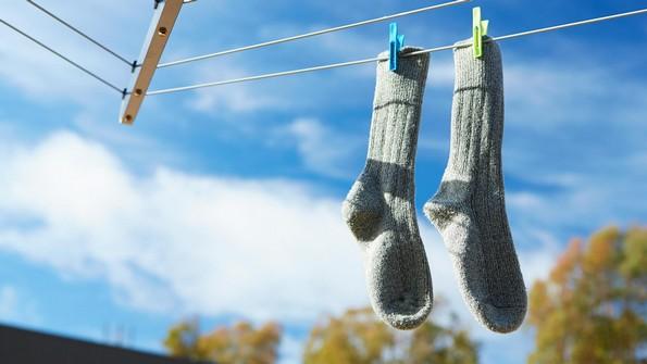 10 големи грешки што најверојатно ги правите при перењето на вашата облека