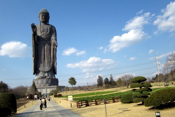 8-те најголеми скулптури во светот