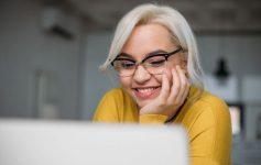 Дали очилата за заштита од сина светлина навистина функционираат?