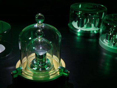 Физичарите одредиле нова дефиниција за килограмот