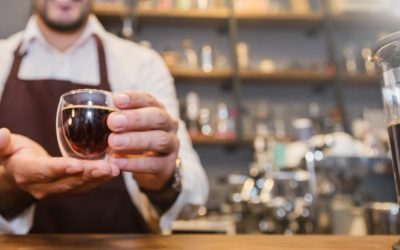 Зошто луѓето пијат кафе кога тоа има горчлив вкус?