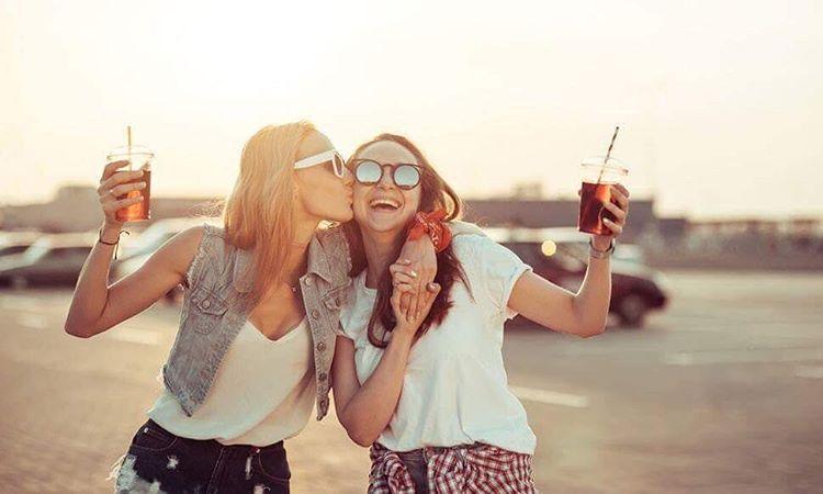 Зошто најдобрите пријатели се најважните личности во вашиот живот?
