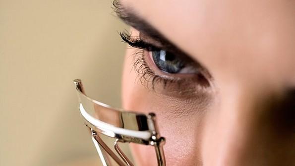 Одлични трикови за шминкање што ќе ѝ се најдат на секоја девојка