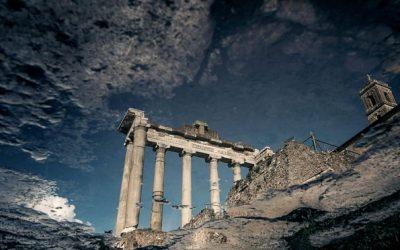 Истражување на древната убавина на Рим гледајќи надолу