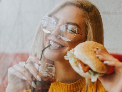 5 начини да го натерате вашиот мозок да не сака брза храна