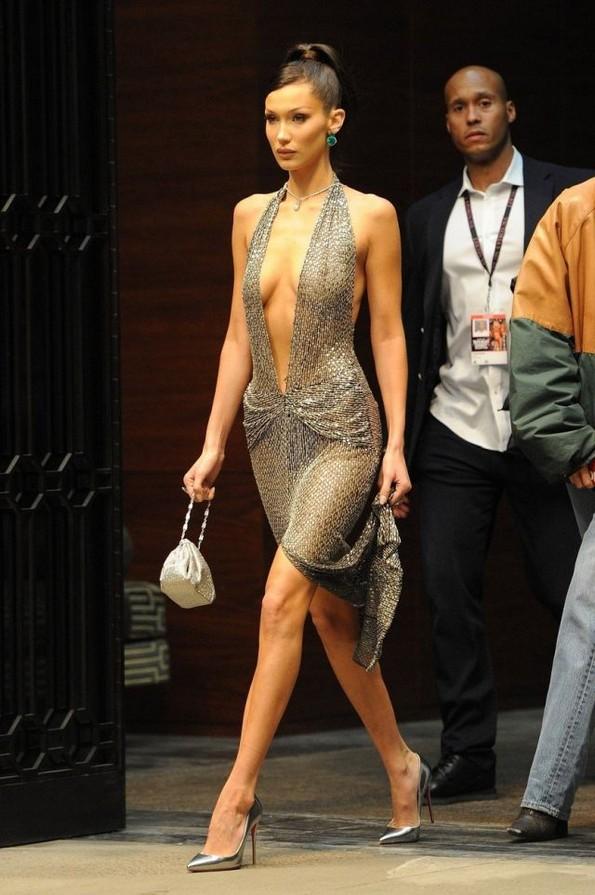 10-те најсекси фустани на познатите дами од оваа година