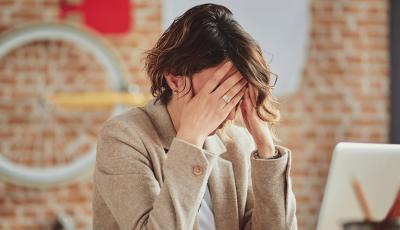 Момче чија девојка страда од анксиозност споделило како се справува со нејзината болест