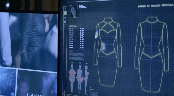 """""""Паметен"""" фустан открива колку често жените се допирани во јавност"""