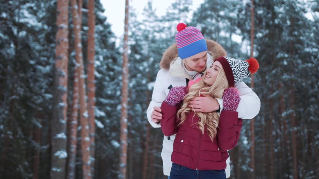 5 нешта со кои ќе ѝ покажете на вашата партнерка дека ја сакате