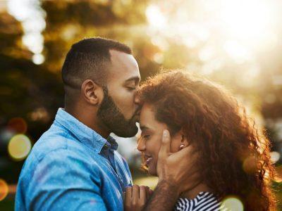 6 причини зошто партнерот ве бакнува во чело