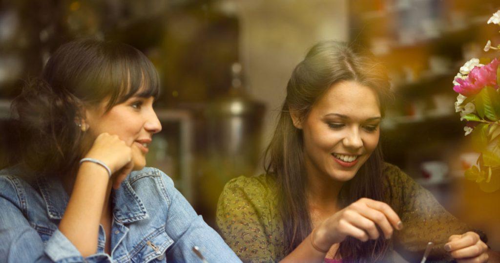 7 совети за комуникација што ќе направат да му се допаднете на секого