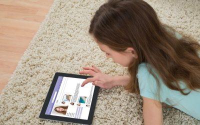 Првото долгорочно истражување покажува дека само 2 часа поминати пред екран го оштетуваат детскиот мозок