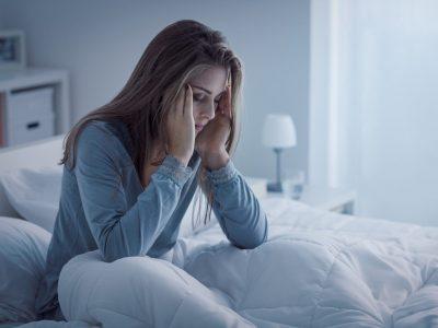 Важни нешта што треба да ги знаете за хроничната несоница