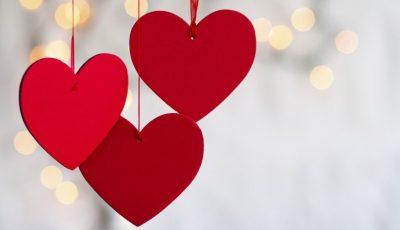 8 љубовни цитати што можете да ѝ ги испратите на саканата личност за Денот на вљубените