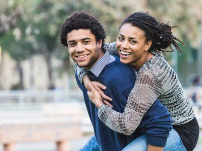 Истражување: Најчесто нè привлекуваат луѓе кои наликуваат на нас