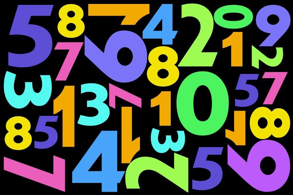 Кои се омилените боја и број на повеќето луѓе?
