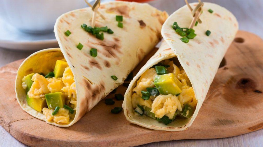 Одличен појадок за слабеење: Бурито со јајца и зеленчук