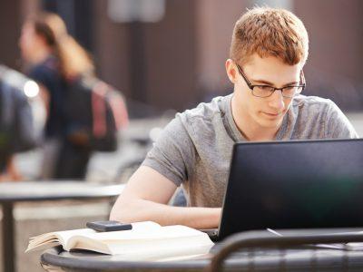 Скриената цена на бесплатните извори за учење