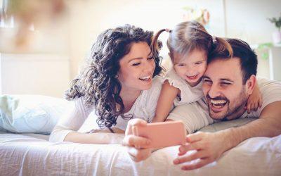 Зошто татковците се многу посреќни од мајките?